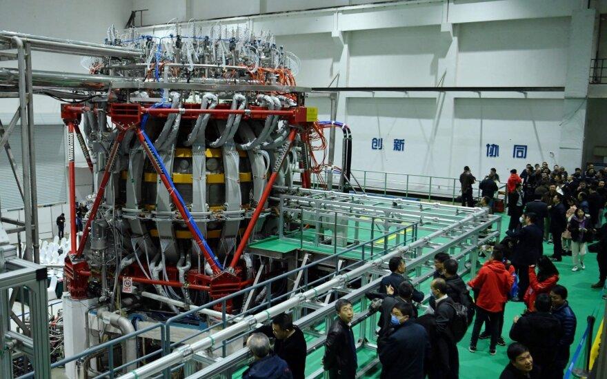 Kinija pirmąkart įjungė naują branduolių sintezės reaktorių