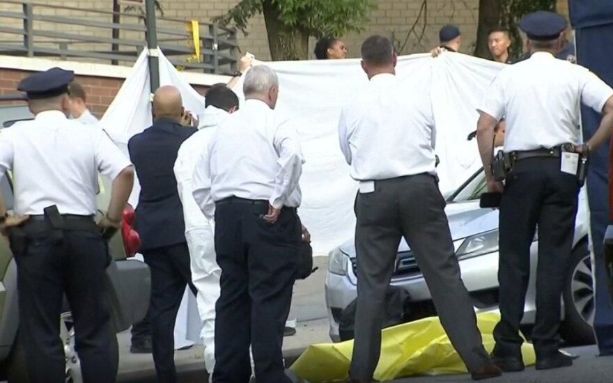 Žuvo automobilyje palikti du mažamečiai vaikai