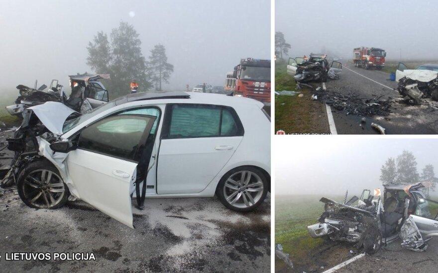 Sasnavos miestelyje per avariją sužaloti penki žmonės