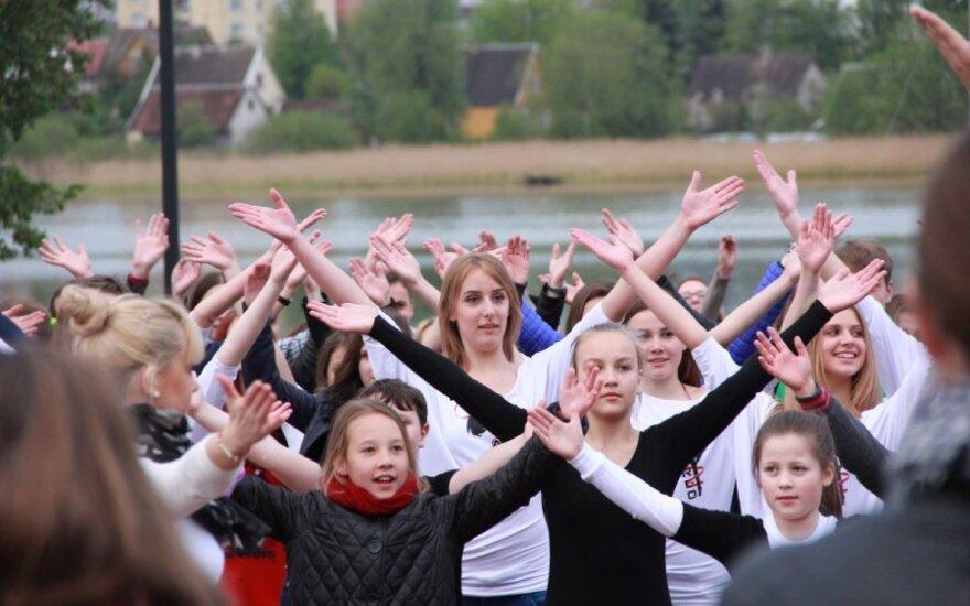 Utena triukšmingai atšventė Europos dieną