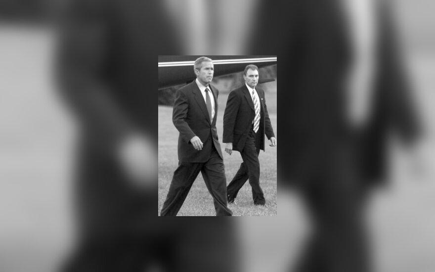 """""""Secret service"""" agentas ir Bushas"""