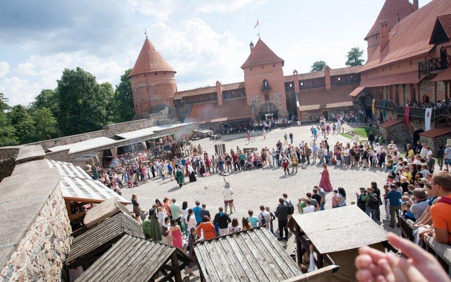 Senųjų amatų meistrai vėl kviečia į Trakų salos pilį
