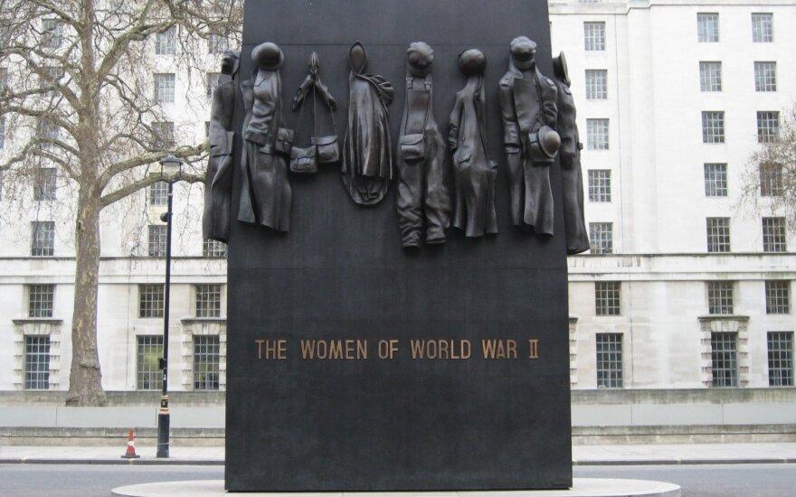 """Johnas W. Millsas """"Moterims - Antrojo pasaulinio karo dalyvėms"""""""