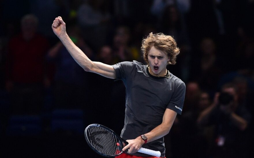 Djokovičius ir Zverevas pateko į baigiamojo ATP sezono turnyro pusfinalį