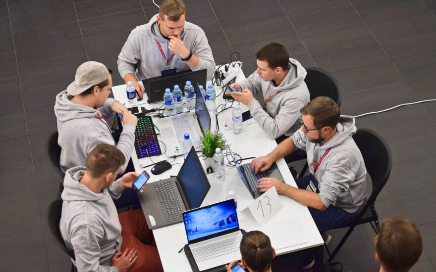 """""""Hack4Vilnius"""" antrus metus iš eilės kviečia kurti inovacijas sostinei"""