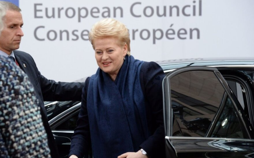Lithuanian president gets provocative question from Russian reporter in Brussels
