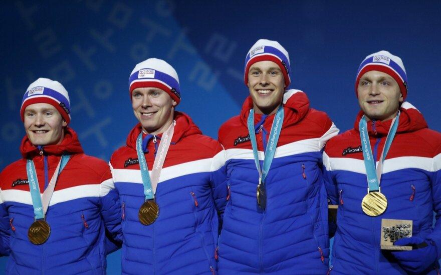 Norvegai olimpiniai čempionai Sindre Henriksen, Havard Bokko, Simen Spieler Nilsen ir Sverre Lunde