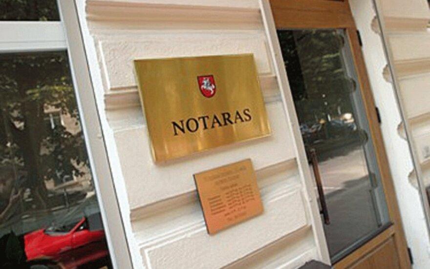 Lietuvos notarai vėl pradeda darbą