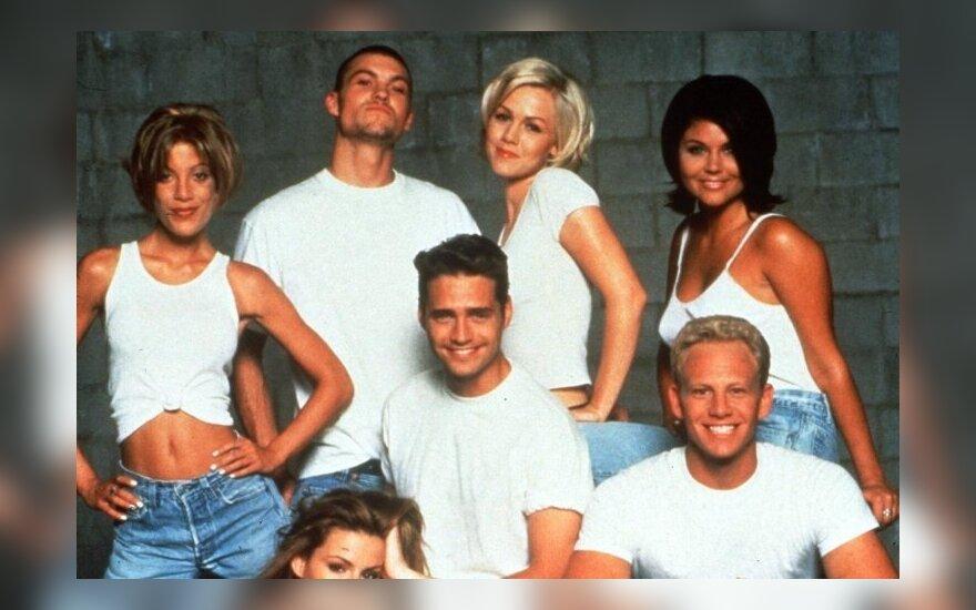 """Serialo """"Beverli Hilsas 90210"""" aktoriai"""
