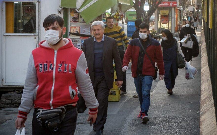 Irane koronaviruso aukų skaičius pasiekė beveik 200