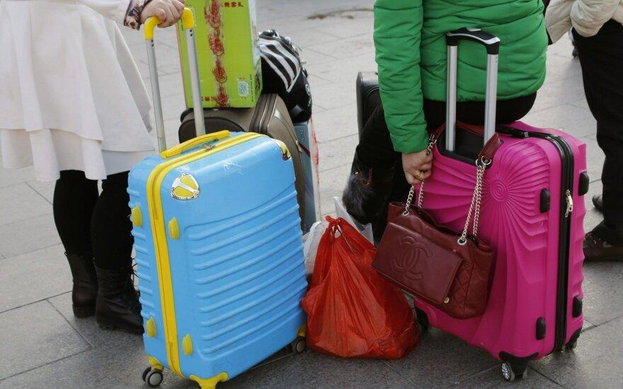 Naujos kartos lagaminai: šeimininką seka tarsi šuo ir siunčia pranešimus apie įsilaužėlius