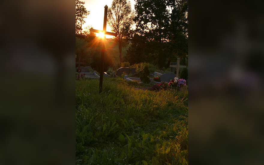 Kapinės, kryžiai