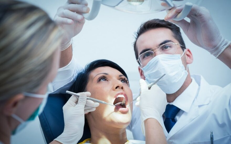 British NHS dental patients start visiting Lithuania
