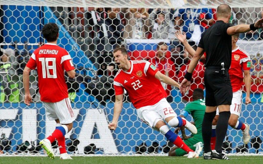 Svajonių startas: Rusijos rinktinė pasaulio čempionatą atidarė įspūdinga pergale