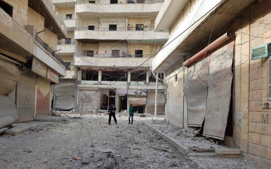 Stebėtojai: per Sirijos karą žuvusių žmonių skaičius viršijo 370 tūkst