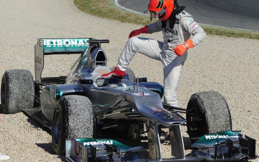 "Michaelis Schumacheris prie ""Mercedes W03"" automobilio"