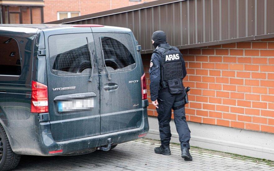 """Ant automobilio Druskininkuose rastas sprogmens muliažas, prireikė """"Aras"""" pareigūnų"""