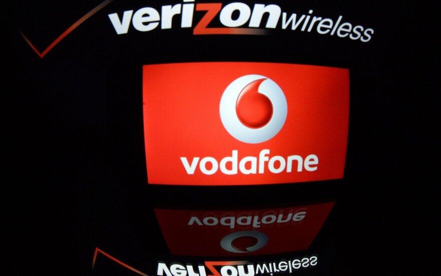 """""""Verizon"""" ketvirtinis pelnas smuko penktadaliu"""