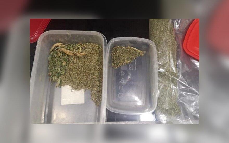 Policija sudavė smūgį narkotinių medžiagų platinimui Jurbarko mieste bei rajone