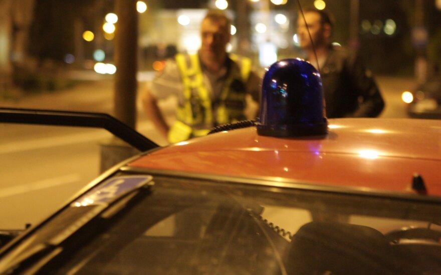 Policija, avarija, švyturėliai