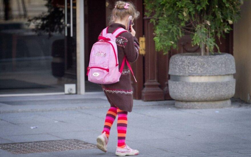 Plėšikai gatvėse vis dažniau užpuola vaikus - atėmė net klausos aparatą