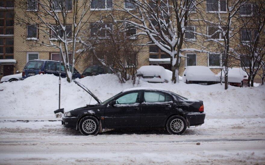 Po aferų – nerami žinia vairuotojams: o jūsų draudimas galioja?