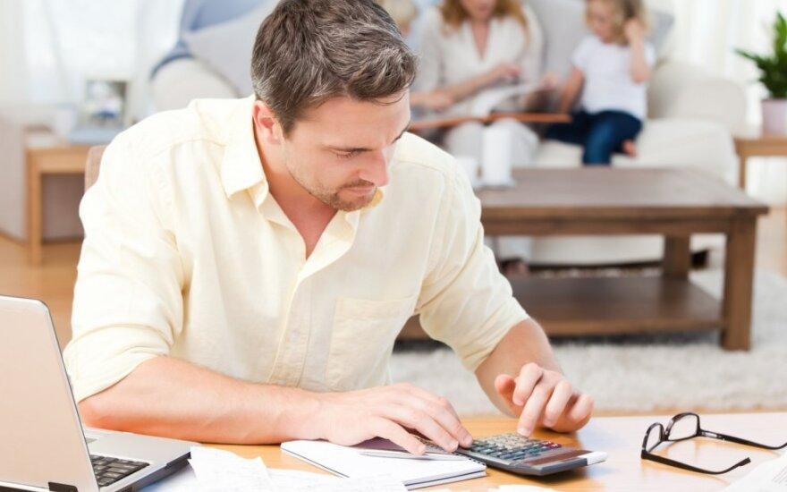 Apklausa: gerėja šeimų finansinė padėtis