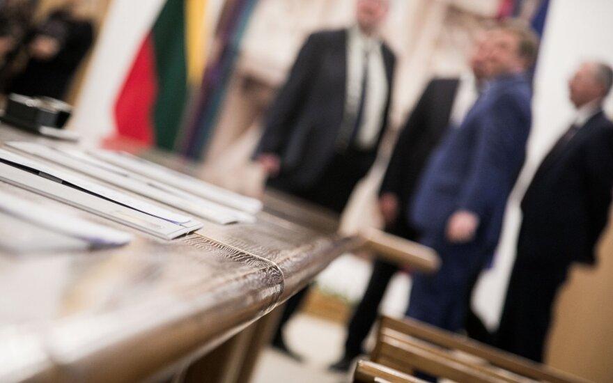 Penkios verslo organizacijos traukiasi iš Nacionalinio susitarimo