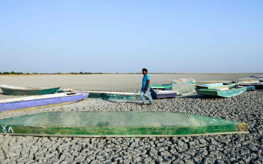 Alinantys karščiai Indijos Biharo valstijoje nusinešė dešimtis gyvybių