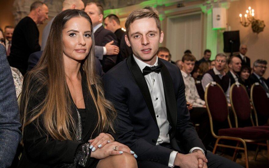 Metų geriausiųjų šventėje – Novikovo ir Neverdauskaitės spindesys, asmeninę pergalę pakartojo Čeburinas