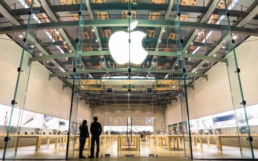 """""""Apple"""" darbuotojai papasakojo apie tamsiausius savo darbo užkulisius"""