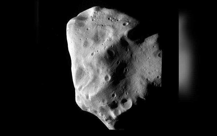 Šalia Žemės praskriejo nemažas asteroidas