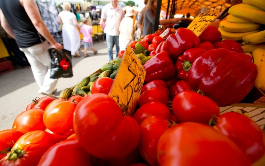 Prasti orai kėlė pomidorų kainas