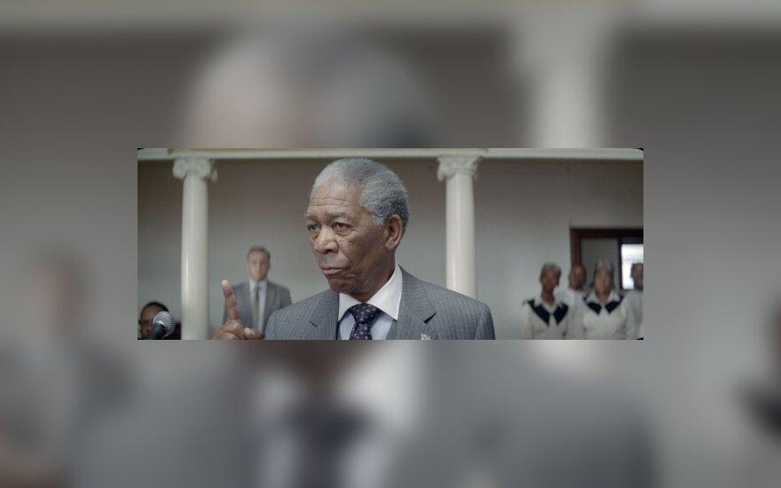 """Morganas Freemanas filme """"Nenugalimas"""""""