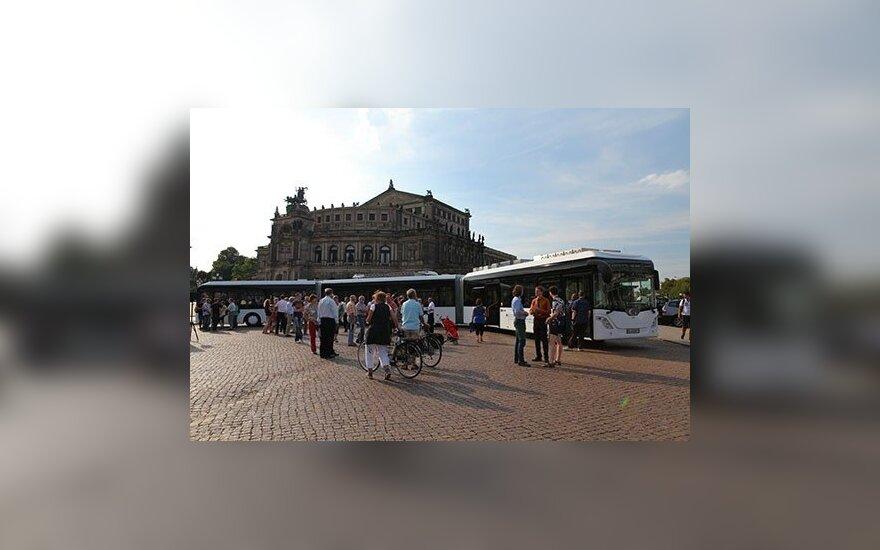 Ilgiausias pasaulyje autobusas Autotram Extra Grand