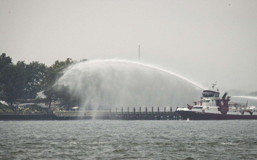 Prie Niujorko Laisvės statulos sprogus dujų balionams trumpam evakuota 3,4 tūkst. žmonių