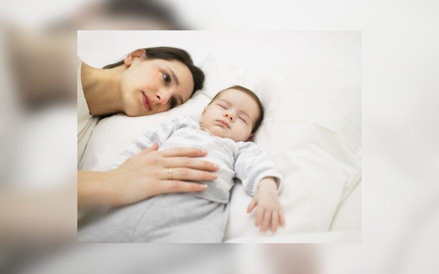 Mama su kūdikiu