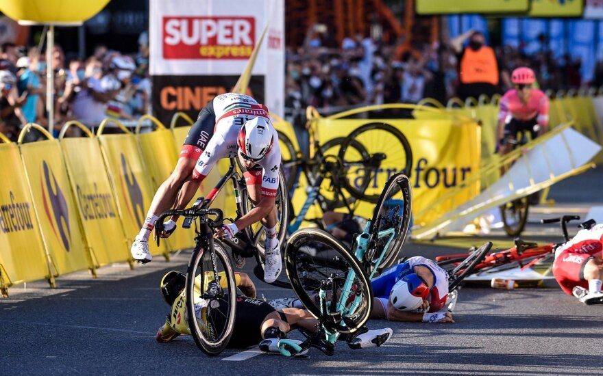 """Griūtis """"Tour de Pologne"""" etapo finiše"""