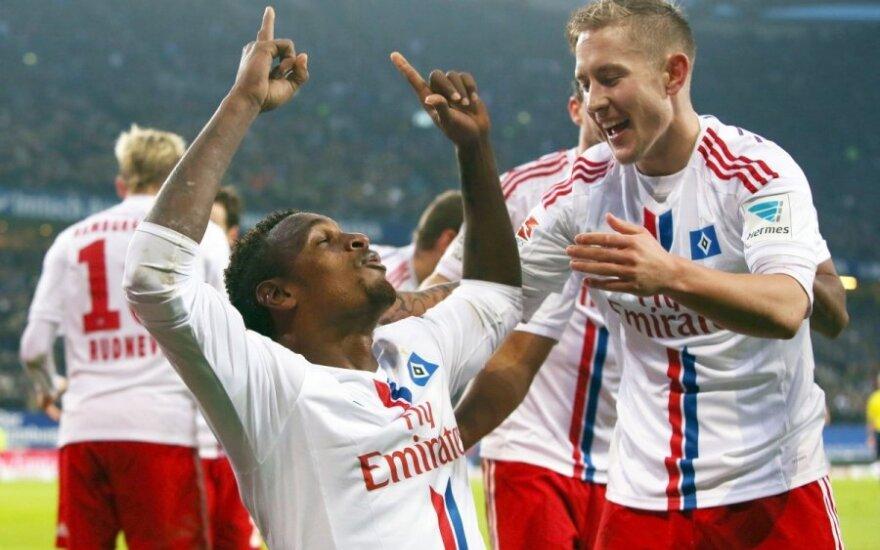 Hamburgo futbolininkai džiaugiasi įvarčiu
