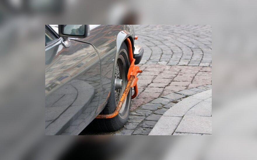 Seimui pateiktas siūlymas atsisakyti ratų blokavimo