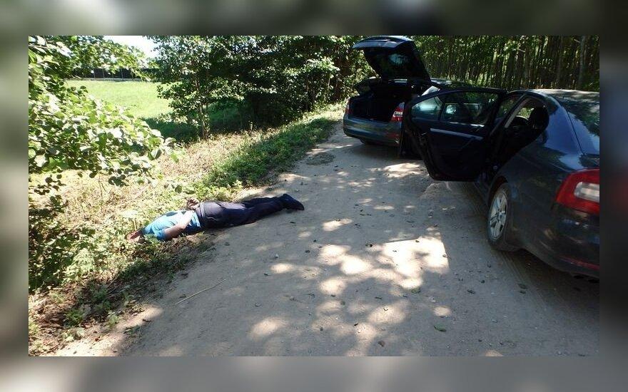 Su 72 kg kokaino įkliuvusį kolumbietį neteisėtai paleidę Kybartų pareigūnai stos prieš teismą