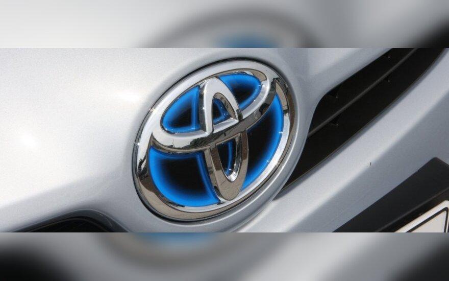 """""""Toyota"""" atnaujins visų įmonių darbą nuo balandžio 18-osios"""