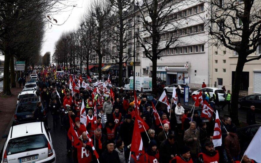 Prancūzijoje dėl pensijų reformos rengiami nauji protestai