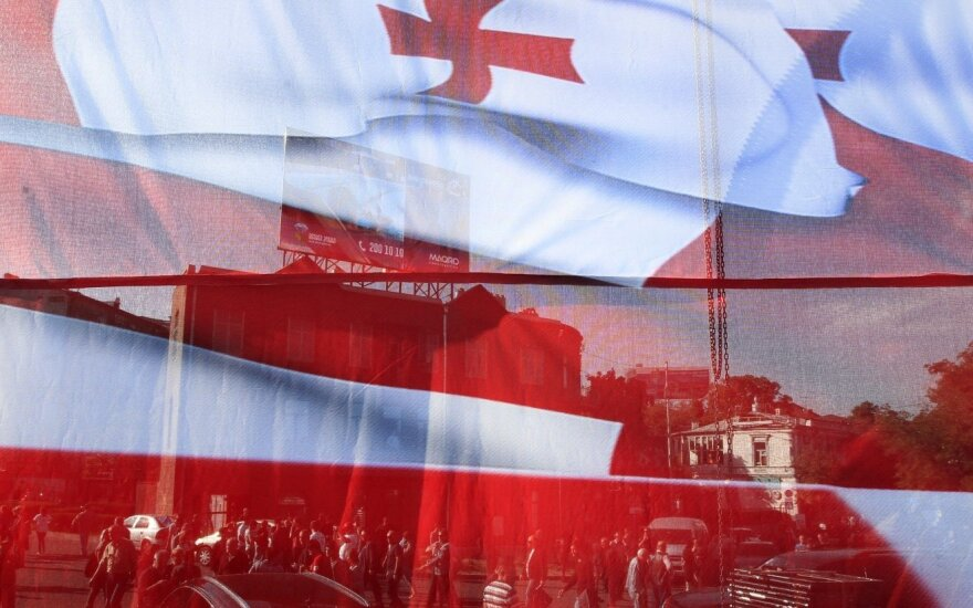 Sakartvelo parlamentas grįš į Tbilisį