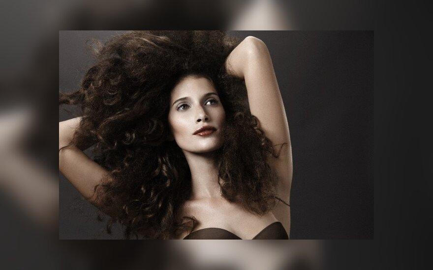 Dažniausios plaukų problemos: kaip jas išspręsti?