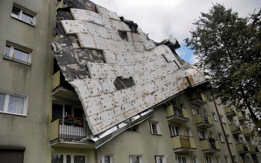 Lenkijoje siautėjant audroms žuvo penki žmonės