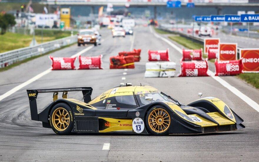 """Kvalifikacijoje greičiausiai važiavo """"Aquila CR1"""""""