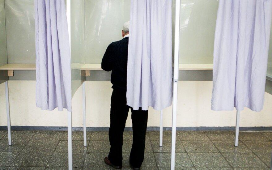 Naujos redakcijos Referendumo įstatymas leis daugiau balsavimo vietų užsienyje
