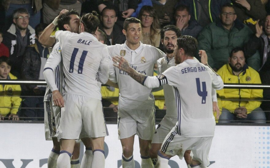 """Madrido """"Real"""" ekipa džiaugiasi trečiuoju įvarčiu"""