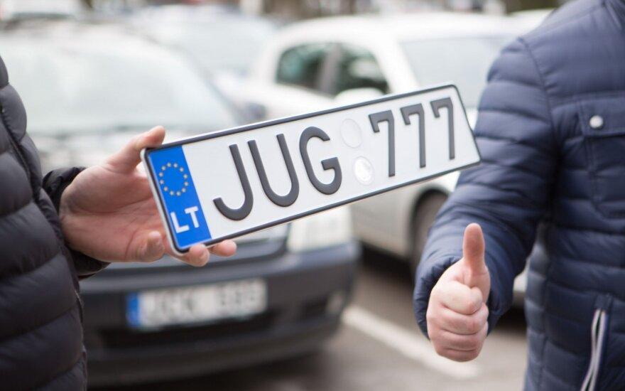 Balandį Lietuvos naujų lengvųjų automobilių rinka augo 44 proc.